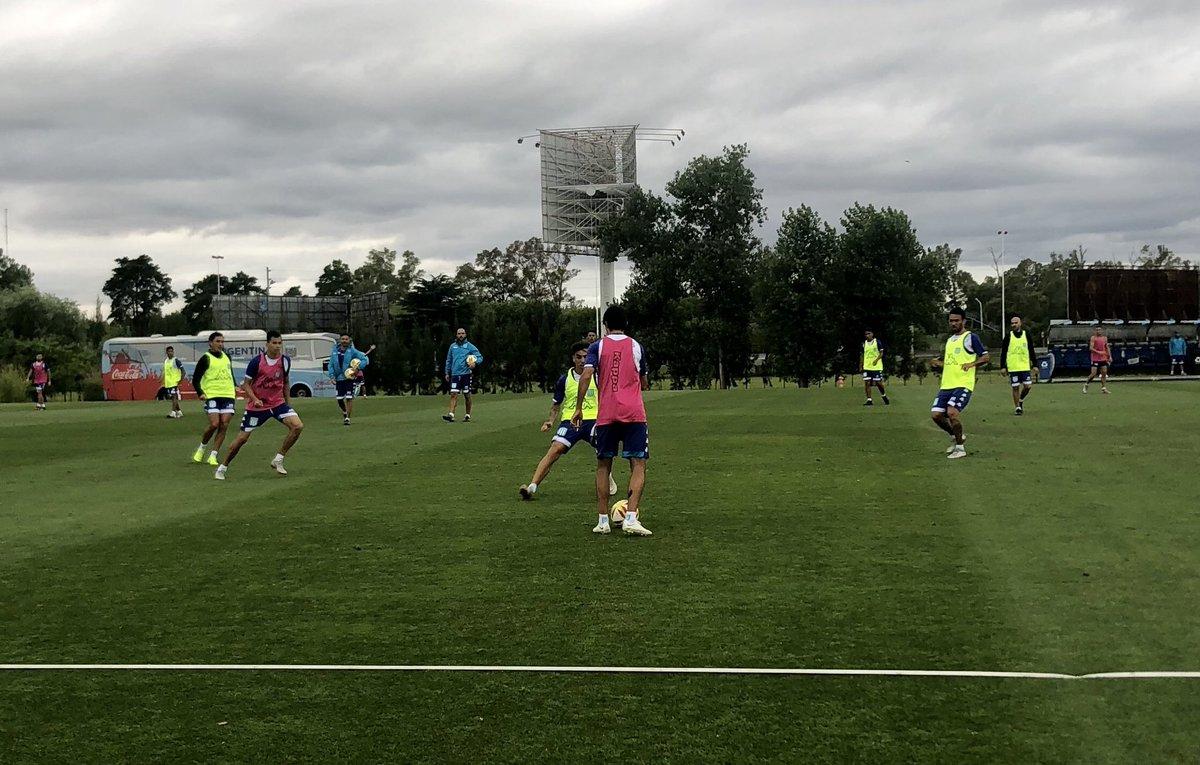El equipo de Coudet no tiene descanso y continúa con la puesta a punto de cara al encuentro del lunes ante Gimnasia y Esgrima (LP). Brian Mansilla estuvo en el gimnasio.