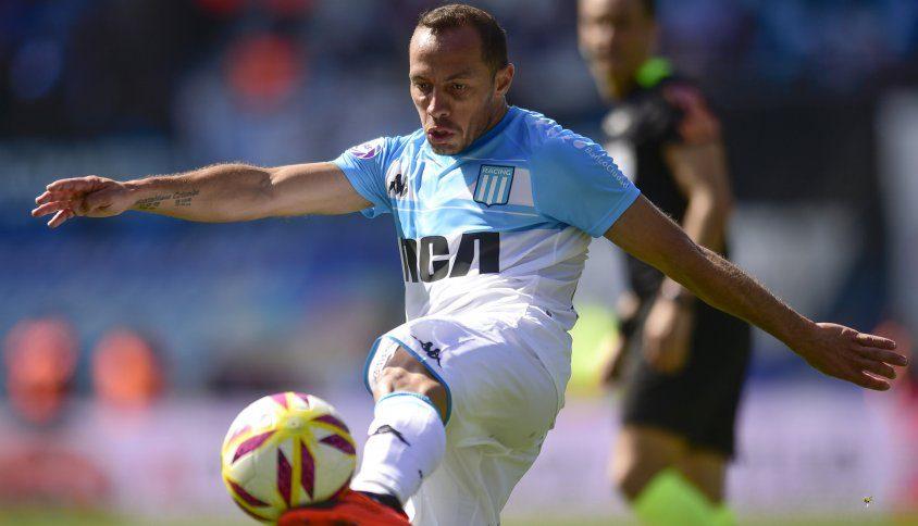 MMarcelo Díaz no estará presente ante Belgrano; Nery Domínguez lo reemplazará.