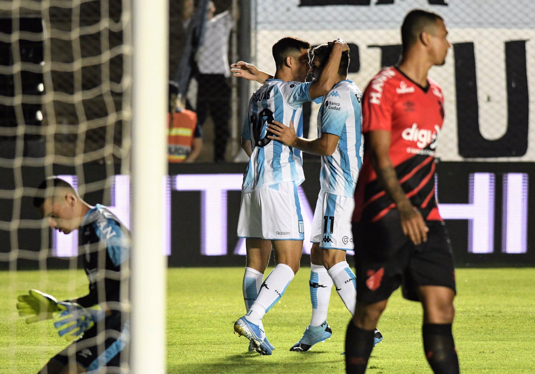 Rojas y Fértoli los goles de la Academia.