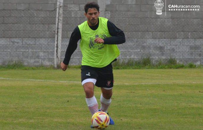 Gonzalo Bettini quedó libre de Huracán y quiere jugar en Racing.