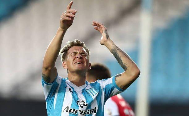Racing no aprovechó sus chances y perdió en la vuelta de la Libertadores.