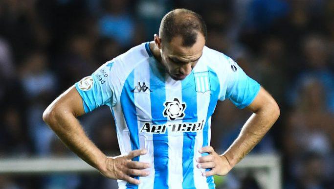 Marcelo Díaz entre 2 y 3 meses afuera.