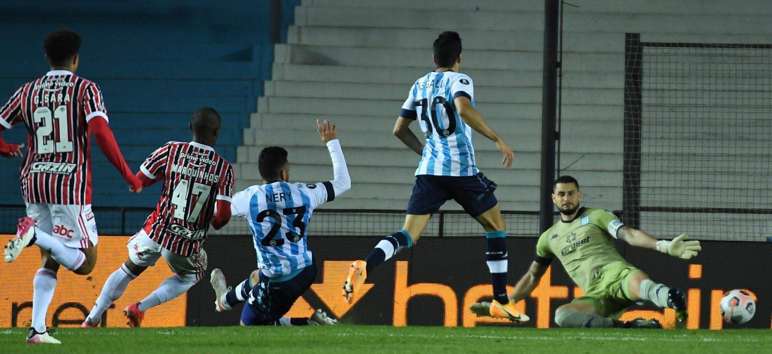 Racing cayó 3-1 contra San Pablo.